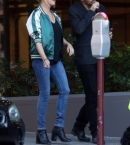 Eliza-Taylor20-Leaving-her-hotel-in-Perth--04.jpg