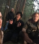 The-100-Behind-The-Scenes-bob-morley-40276977-500-375.jpg
